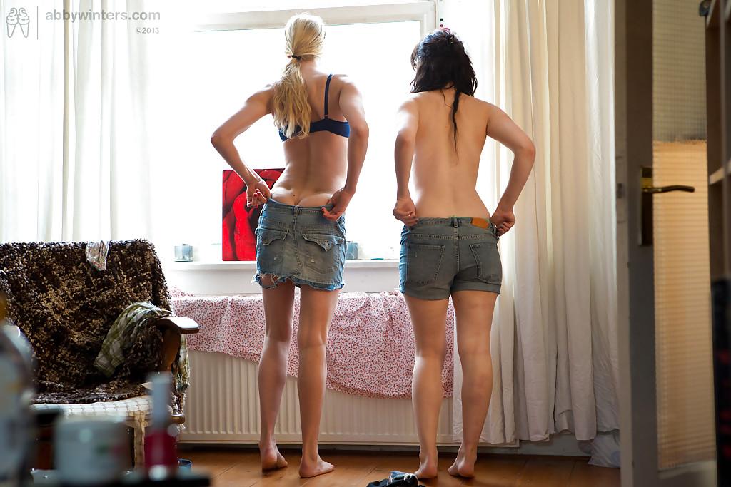 Смотреть лесбияночки онлайн