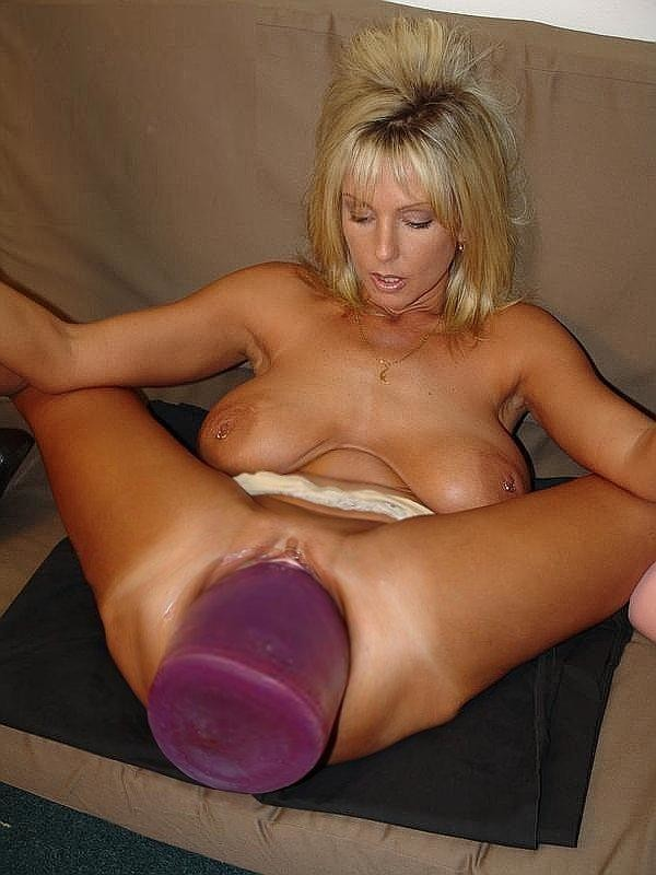 Sexy Vollbusige Sexspielzeuge Blowjob