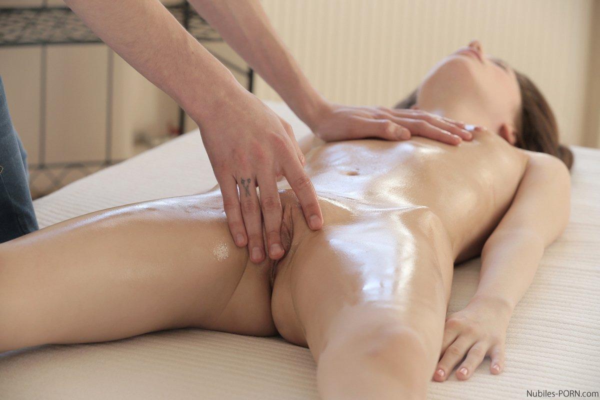 Смотреть массажист онлайн